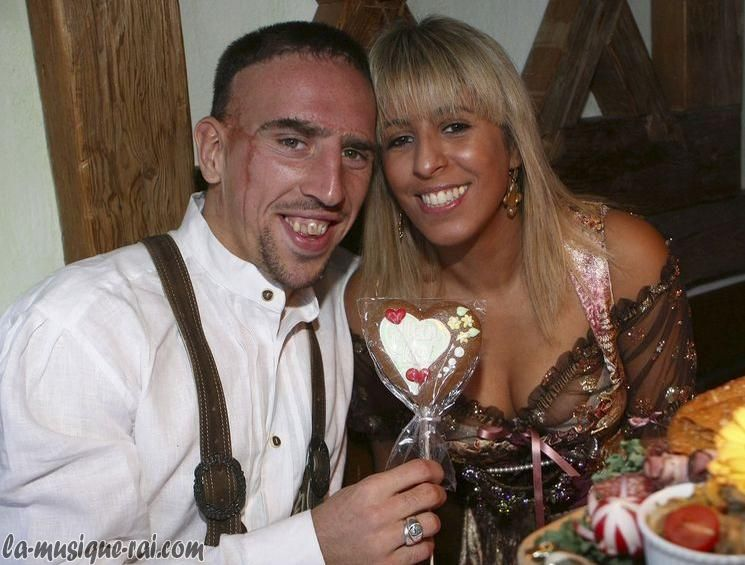franck ribery et sa femme wahiba. Black Bedroom Furniture Sets. Home Design Ideas